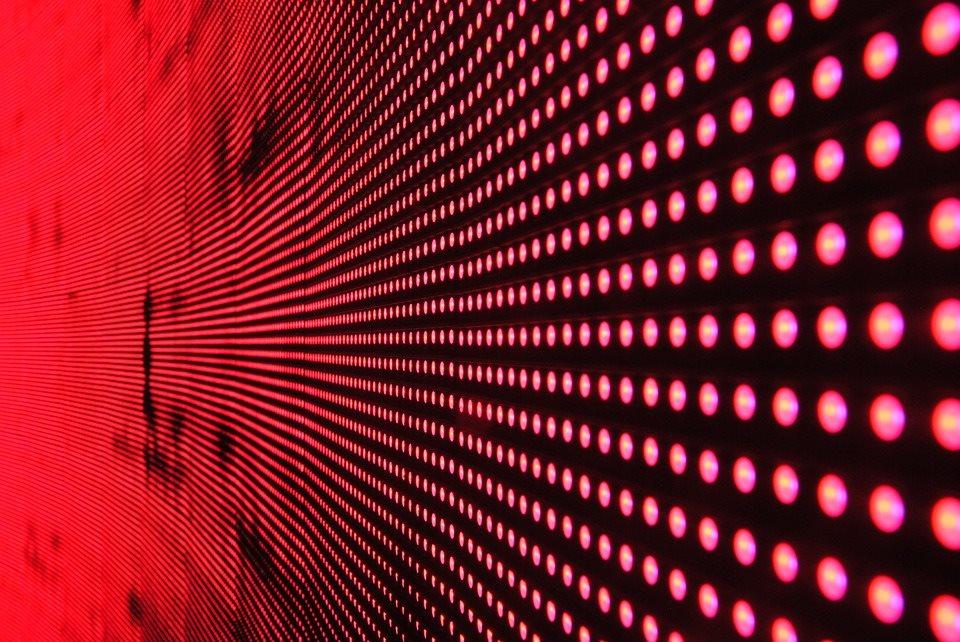 Ekran LED – wszystko, co powinieneś o nim wiedzieć